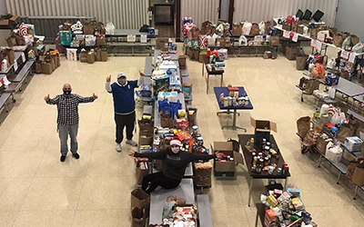 Valley Catholic Food Drive Exceeds Goal